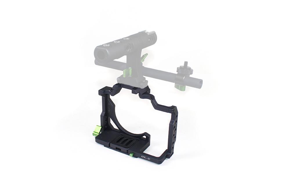 LanParte-07-A7K-01-C-Camera-Cage-Sony-A7SII-A7RII-A7RIII-Klatka-Operatorska%20%E2%80%94%20kopia.jpg