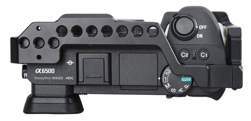SmallRig 1889 Sony A6500 - klatka zapewnia pełny dostęp do funkcji aparatu