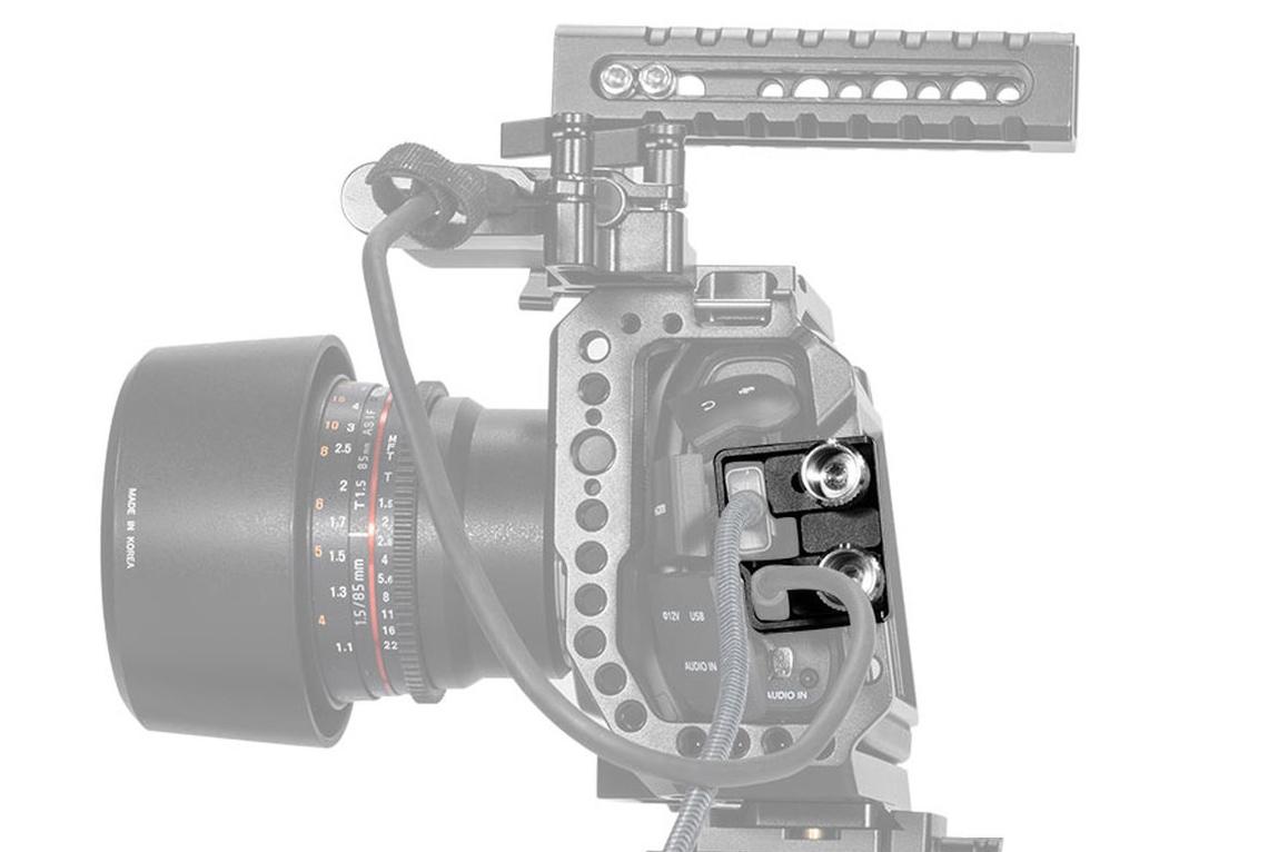 SmallRig 2246B HDMI & USB-C Cable Clamp BMPCC 4K/6K - zabezpieczenie kabla i gniazd kamery