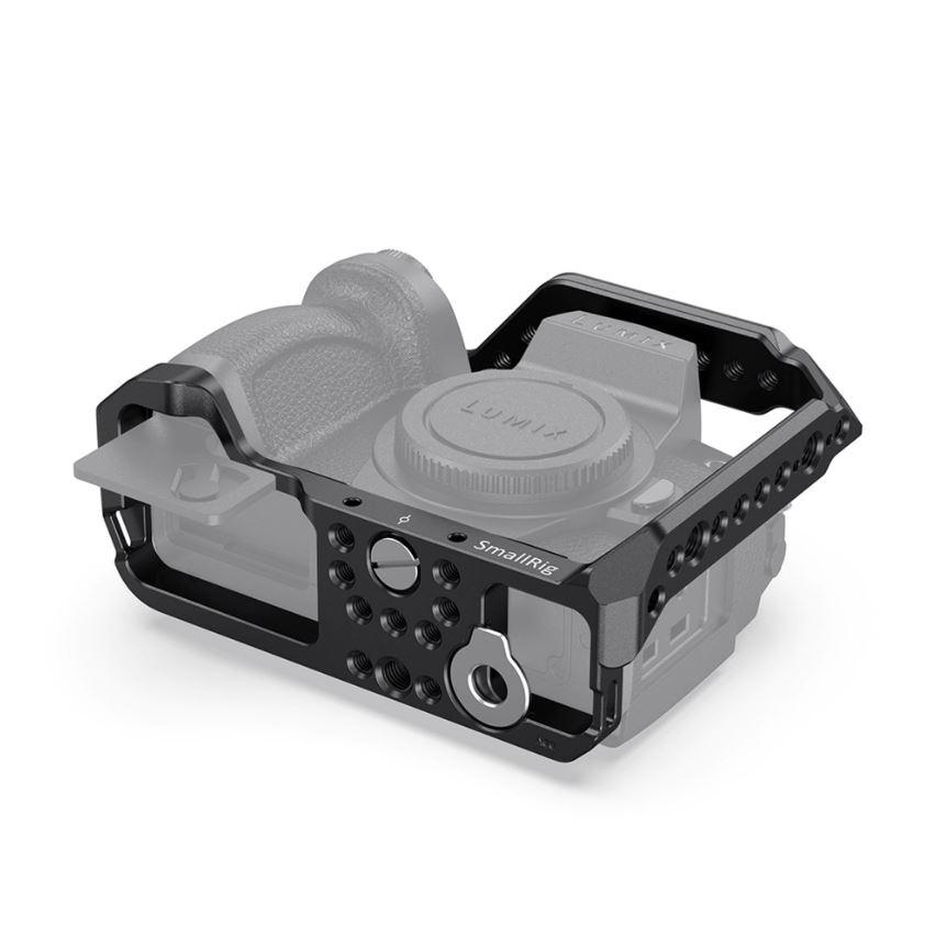SmallRig-2446-04-Cage-Panasonic-G95-klatka-operatorska.JPG