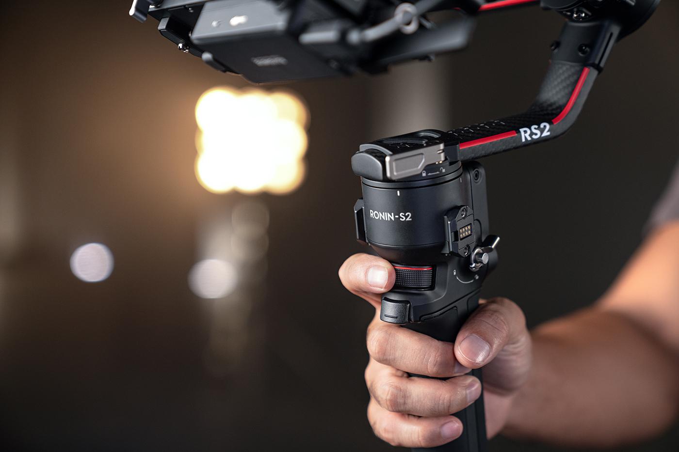 dji-rs-2-gimbal-stabilizacja-do-kamer-i-aparat%C3%B3w-08.jpg