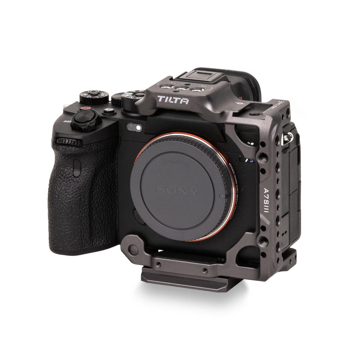 tilta-ta-t18-hcc-g-01-half-camera-cage-p%C3%B3%C5%82-klatka-operatorska.jpg