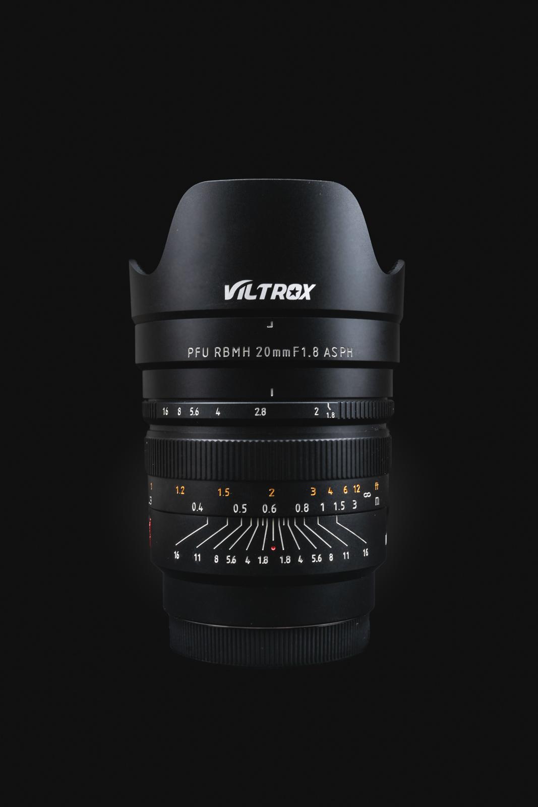 Viltrox PFU RBMH 20mm f/1.8 Sony FE - widok zewnętrzny